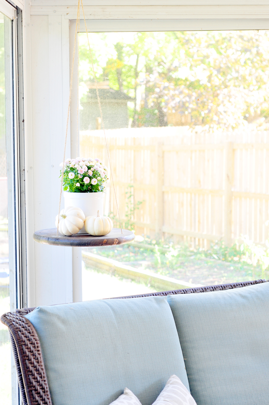 diy-hanging-table-finished-3